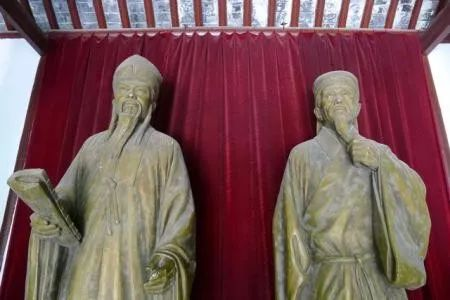 从赵构为什么要杀岳飞,到毛主席是人民的大救星