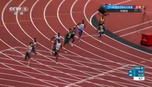谢震业破亚洲纪录视频瞬间曝光19秒88夺冠威震亚洲!