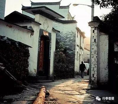 李长新丨土地岭上韩公祠
