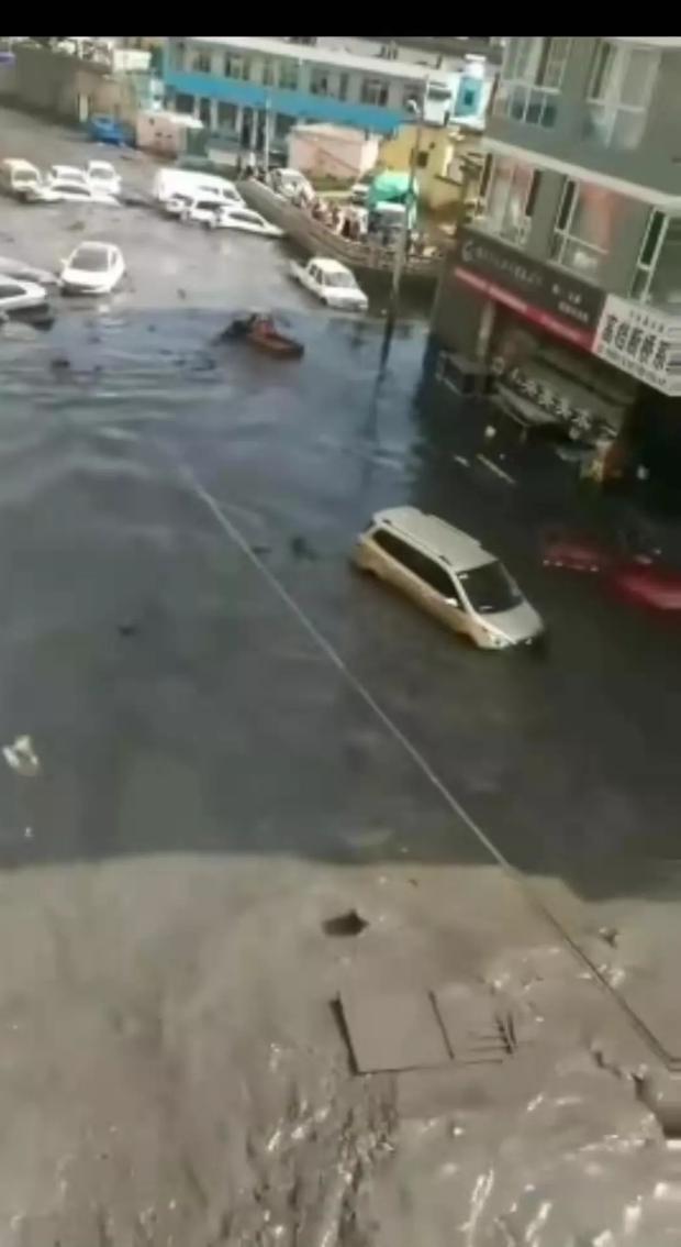 陕西一水坝溃坝视频及灾情最新消息直击:伤者都成变泥人!