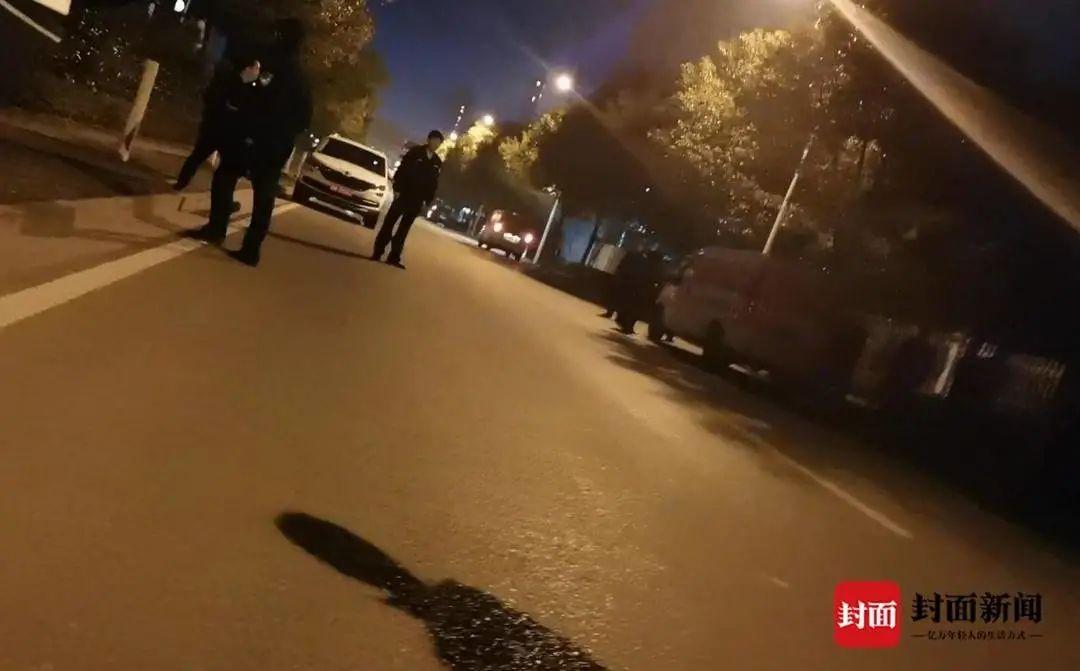 警方成立专案组调查女孩跳车身亡司机作案细节瞬间流出动机实在太污!
